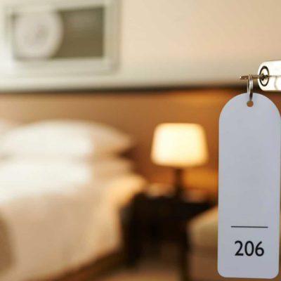 Terceirização em hotelaria: conheça os benefícios que uma boa prestadora de serviços pode trazer para o segmento.